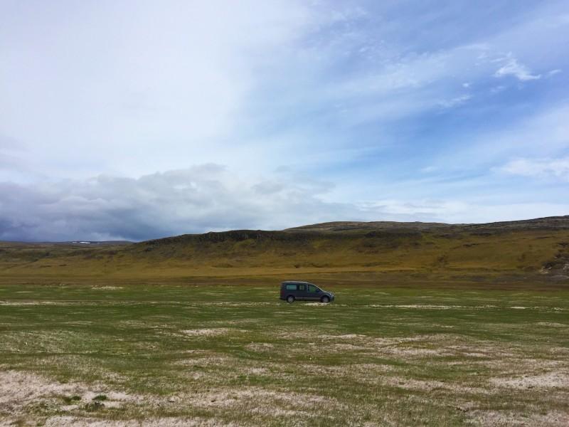 Campervan Iceland copia